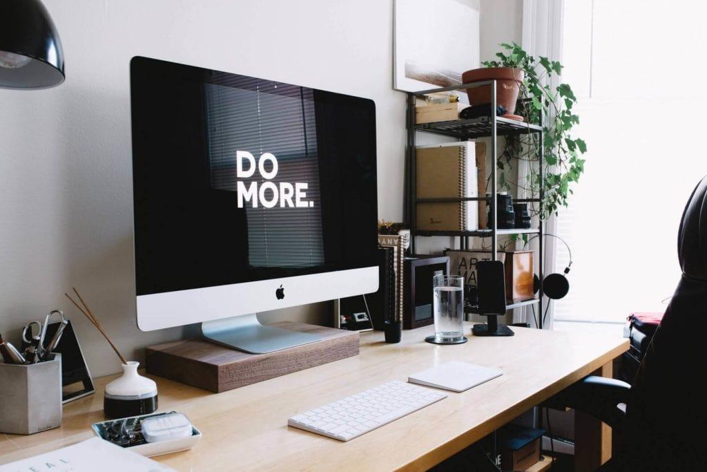 Home-Office-Desk-Setup-Ideas-04