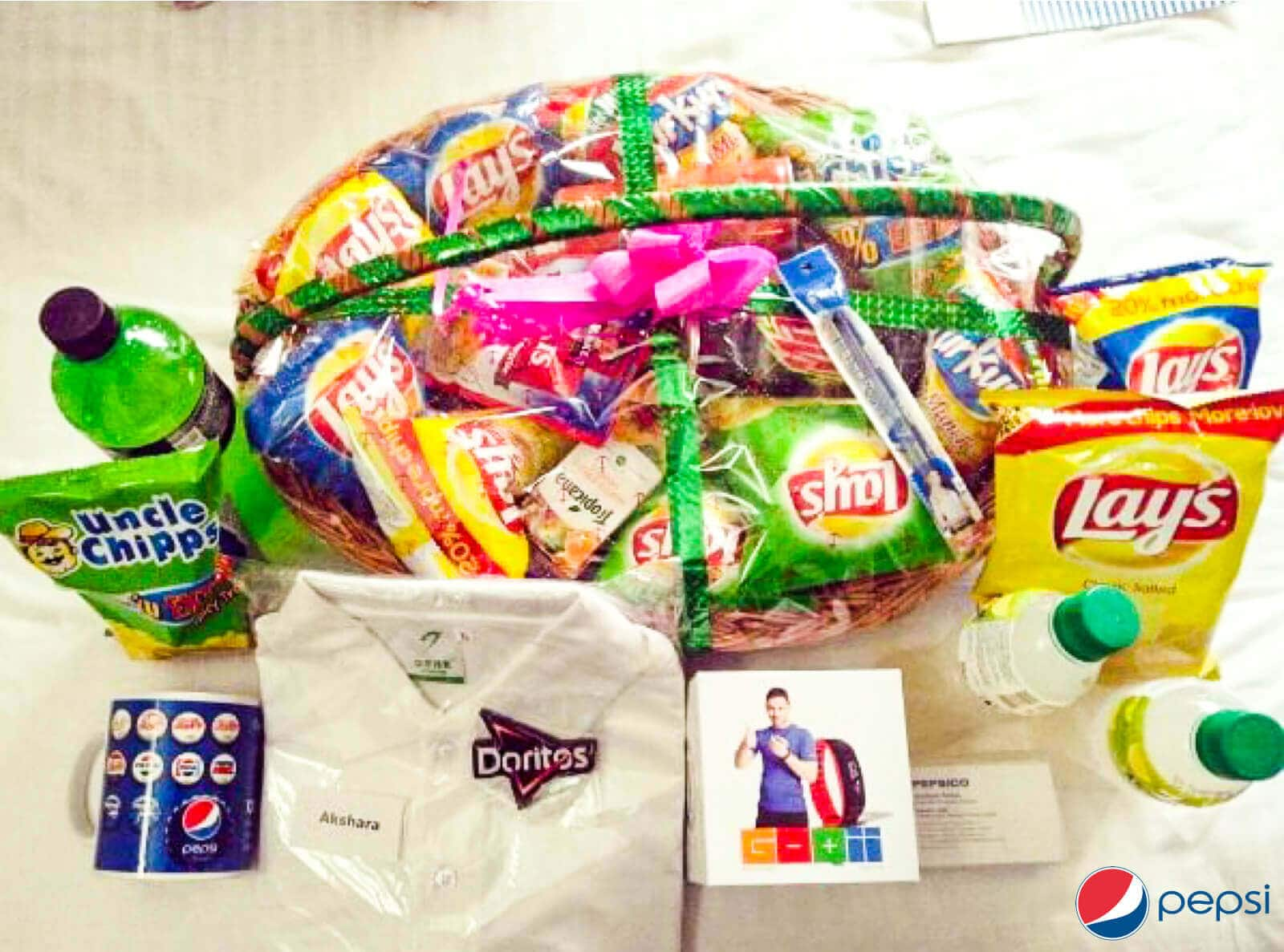 New-hire-gift-basket-for-onboarding-new-empoyees